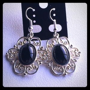 Jewelry - Black and silver nouveau style earrings